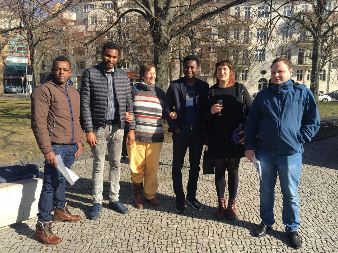 Erfolgreicher Ausbildungsabschluss von Arrivo-Alumnis aus dem ersten Jahrgang