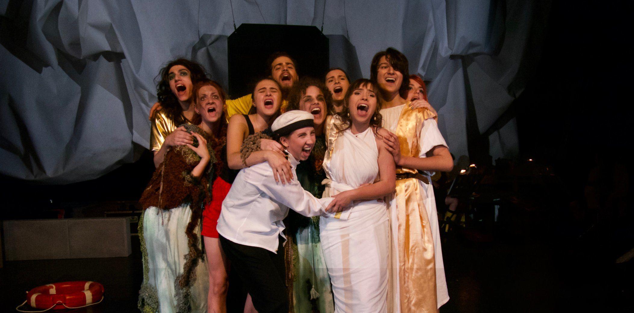 Gastspiel der Neuköllner Oper in unserer ROTEN HALLE