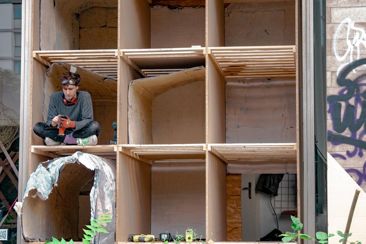 Institut für spontanen Nestbau